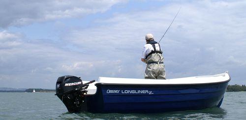 Offenes Boot / Außenbord / Sportfischer