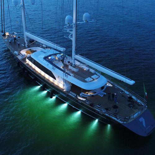 Segel-Superyacht / Fahrten / mit Ruderhaus / Aluminium / Ketch