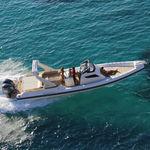 Festrumpfschlauchboot / Außenbord / zweimotorig / Mittelkonsole TEMPEST 40 Capelli
