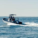 Außenbord-Schlauchboot / Festrumpf / Mittelkonsole / Sport