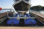 Lift für Boote / schwimmend / aus verzinktem Stahl