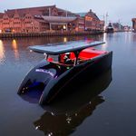 Offenes Boot / Katamaran / Innenborder / Elektro-Solar / max. 10 Personen