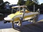Lift für Boote / am Steg angebracht / Aluminium