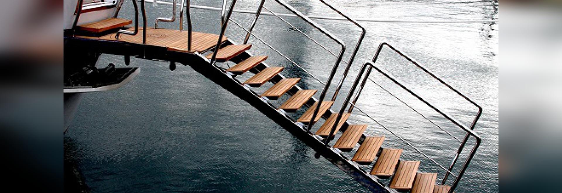 Doppelte dieser luxuriöse hydraulische Passage als Schwimmenleiter (Höflichkeit von Nanovolt)