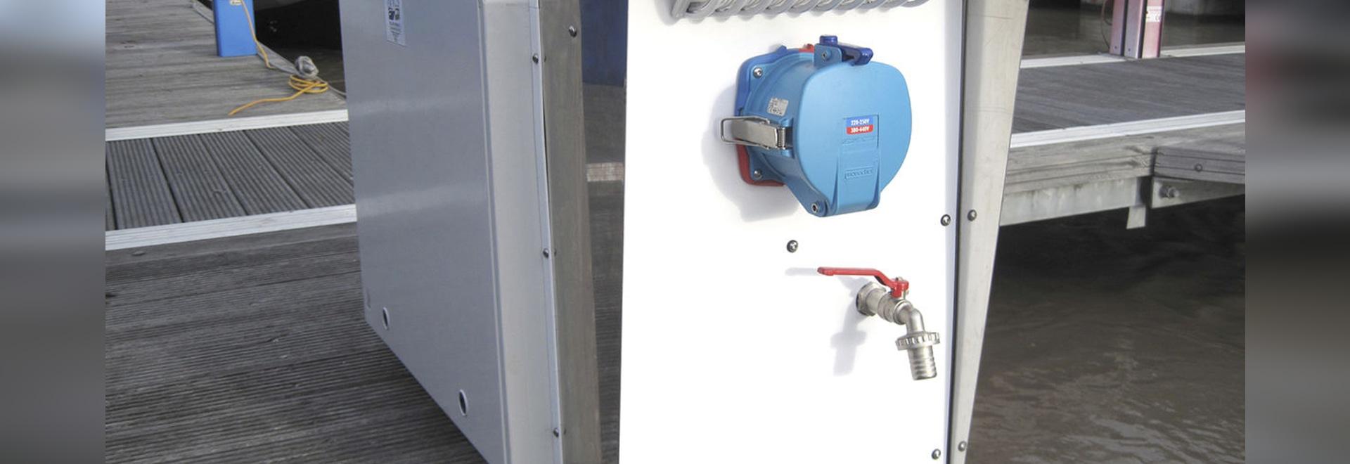 Atemberaubend Installation Eines Elektrischen Service Panels Fotos ...