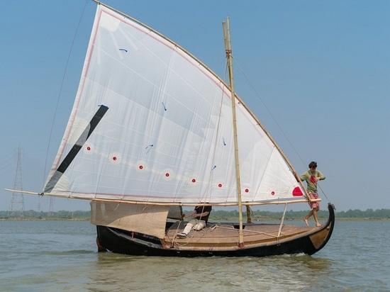 Der Rumpf des zweiten Bootes, Gold von Bengal, ist Jutefaser 100% (Höflichkeit des Goldes von Bengal)