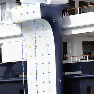 Kletterwand Wasserspielgerät