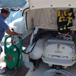 Kraftstoffbehälter / für Boote / tragbar / mit Transferpumpe