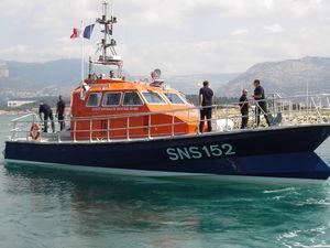Rettungsschiff (SAR)