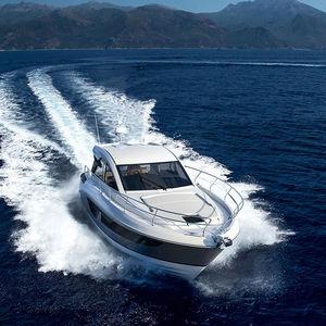 Express Cruiser / Innenborder