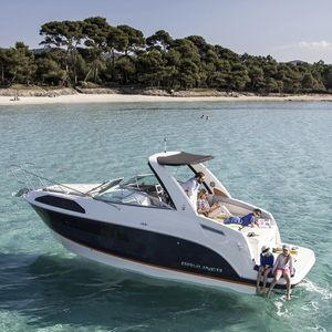Cabin-Cruiser / Innenborder / Open / max. 8 Personen / 2 Kojen