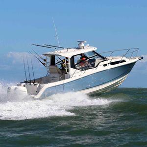 Express Cruiser / Außenbord / zweimotorig / Hard-top / Tauch