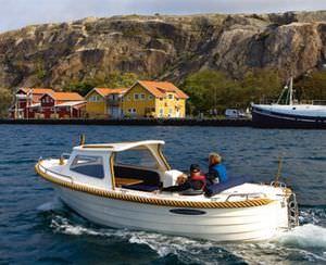 Cabin-Cruiser / Innenborder / Open / Kanal / klassisch