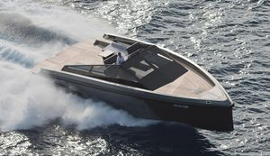 Sport-Motoryacht