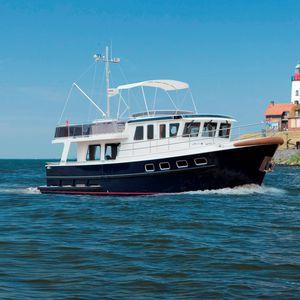 Innenborder-Trawler / Flybridge / Kanal / Stahl