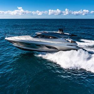 Sport-Motoryacht / Offshore / Hard-top / IPS