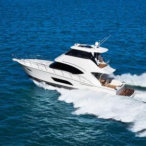 Sportfischer-Motoryacht / Fahrten / Offshore / geschlossene Flybridge