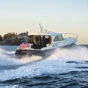 Fahrten-Motoryacht / Lobster / mit Ruderhaus / Jetantrieb