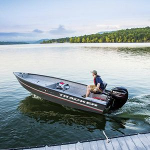 Bay-Boat / Außenbord / Sportfischer / Aluminium / max. 4 Personen