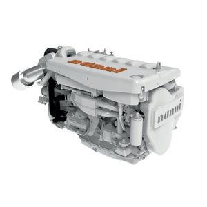 Innenbordmotor / Diesel / Freizeitschifffahrt / Turbolader