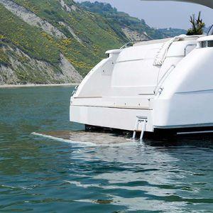 Plattform für Yachten
