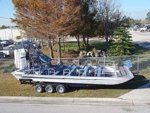 Airboat für gewerbliche Nutzung