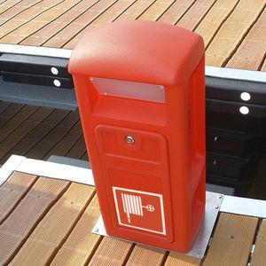 Hydrant / mit integrierter Beleuchtung / für Stege