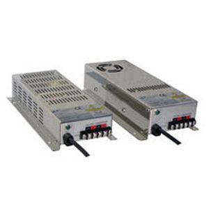 DC-Stromversorgung / Marine Stil
