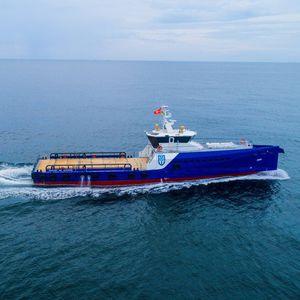 Crew Vessel Offshore Service Schiff