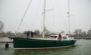 Segel-Yacht / Fahrten / Center Cockpit / Aluminium / 3 Kabinen