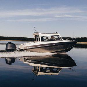 Angelboot für Tagesfahrten / Außenborder