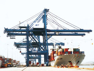 Post-Panamax-Containerkran