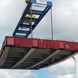 Ladelukendeckel für Frachtschiffe