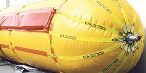 Kohlenwasserstoffbehälter / zur temporären Einlagerung / schwimmend und nachvollziehbar