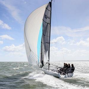 Charter-Segelboot
