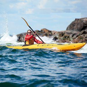 Kajak mit Brücke / steif / Surf / für Expeditionen