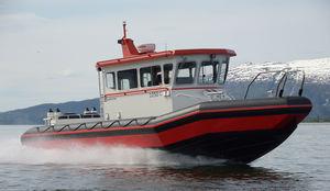 Arbeitsboot Berufsboot / Innenborder / Außenbord