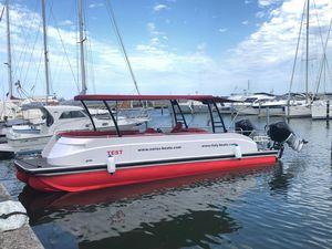 elektrisches Pontonboot