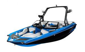 Deck-Boat / Innenborder / Wakeboard / für Wakesurf
