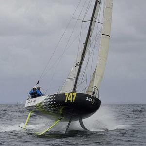 Einrümpfer / Ocean Racing / mit offenem Heck / Foil