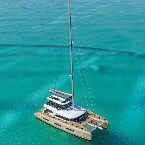 Segel-Yacht / Fahrten / Flybridge / Decksalon / 4 Kabinen