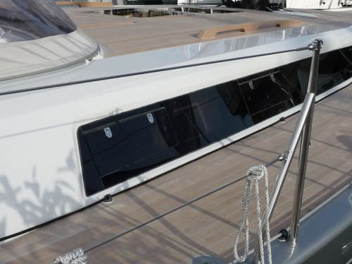 rechteckiges Bullauge / zur Anwendung auf Booten / zum Öffnen