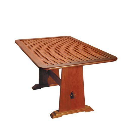 Tisch für Boot