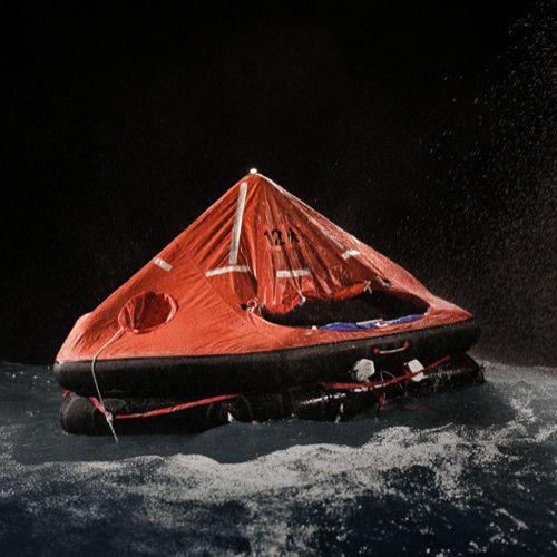 Rettungsinsel für Schiffe / MED / außenbords ausgesetzt / aufblasbar