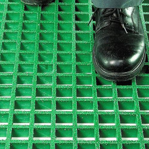 Steg-Bodenbelag / Glasfaser