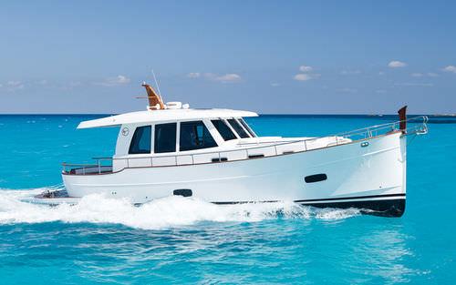 Express Cruiser / Innenborder - Sasga Yachts