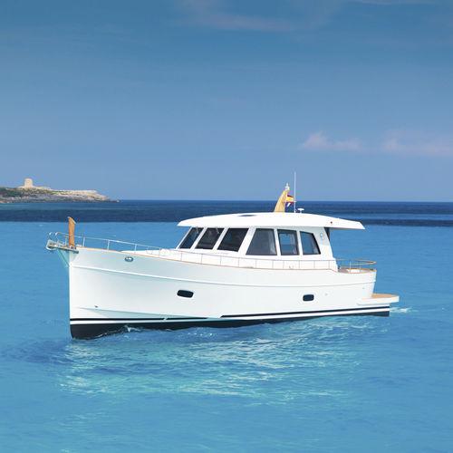 traditionelle Motoryacht - Sasga Yachts