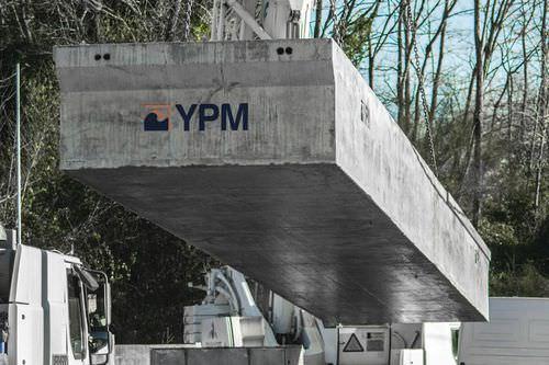 schwimmender Ponton / Anker / für Yachthäfen / Beton