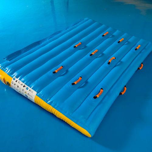 Rampe Wasserspielgerät
