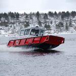 Feuerloeschboot / Außenbord